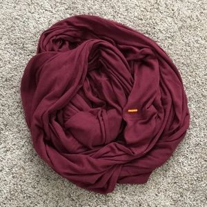 NWOT Lucy Scarf